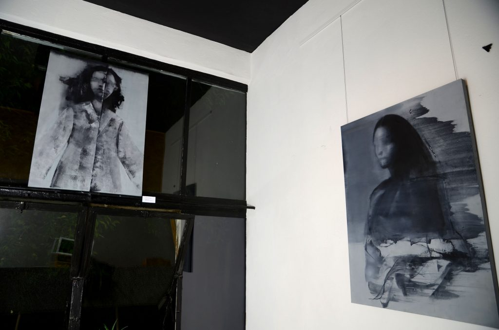 obrazy olejne Weroniki Pawłowskiej prezentowane w Galerii Lukka podczas Nocy Muzeów 2018